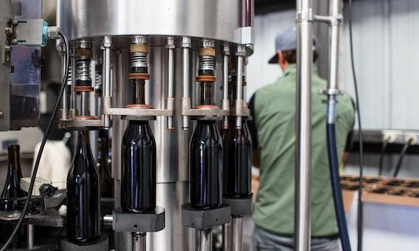 Winery-bottling-food-and-beverage, food and beverage erp